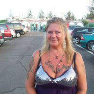 Meet girls for chat in Asker over 30 - Topface